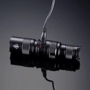 Lanterna Nitecore MH1C, 600 lumeni